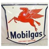 58X56 PORC. MOBILGAS SOCONY SIGN