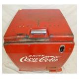VIEW 2 TOP VIEW EMB. COKE DRINK BOX