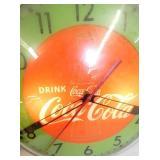 VIEW 2 CLOSEUP COCA COLA 15IN CLOCK