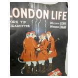 VIEW 2 CLOSUP LONDON LIFE CIG. ADV.