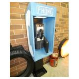 ORG. WORKING 25 CENT PAY PHONEBOOTH