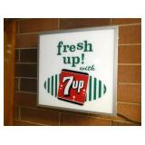 16IN. LIGHTED 7-UP SIGN