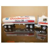 NYLINT 24IN. GOODWRENCH TRUCK