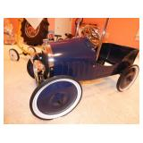 VIEW 2 CLOSE UP PEDAL CAR