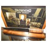 VIEW 2 BROWNING KNIFE W/DISPLAY