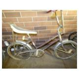 WESTERN FLYER BICYCLE W/BANANA SEAT