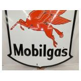VIEW 3 CLOSEUP BOTTOM MOBILGAS PEGASUS
