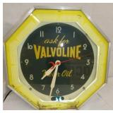 18IN VALVOLINE NEON CLOCK
