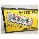 VIEW 2 LEFTSIDE PORC. WRIGLEYS GUM SIGN