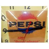 VIEW 2 CLOSEUP PESI CLOCK W/ BUTTON