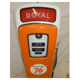 VIEW 3 CLOSEUP WAYNE 80 GAS PUMP