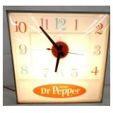 15IN. DR. PEPPER LIGHTED CLOCK
