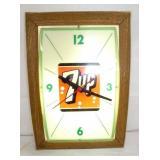 14X20 7UP LIGHTED CLOCK
