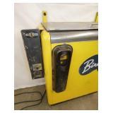 VIEW 3 W/CAP CATCHER & COIN BOX