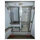 VIEW 4 CLEAN INSIDE GIBSON BOX