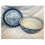 BLUE/WHITE STONEWARE BOWL W/ LID