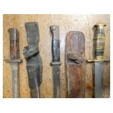 VIEW 2 MILITARY KNIVES/DAGGERS