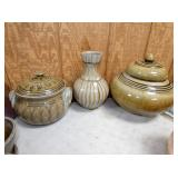 COVERED POTTERY DISHES/VASE