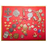 COLLECTION MILITARY BUTTONS,PINS, ETC