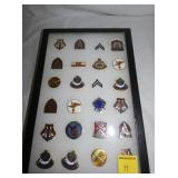 COLLECTION VARIOUS MILITARY PINS