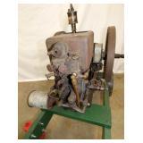 VIEW 4 CLOSEUP HIT & MISS ENGINE