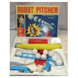 BATTERY OP ROBOT PITCHER