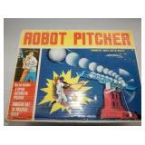 VIEW 2 ROBOT PITCHER W/ORG. BOX