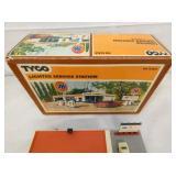 VIEW 2 W/ TYCO BOX