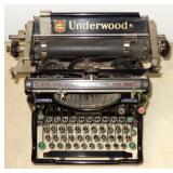VINTAGE UNDERWOOD ROUND KEY TYPEWRITER