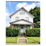 Canton OH  Vinyl Sided Home  Near Aultman Hospital  Fixer Upper Investment