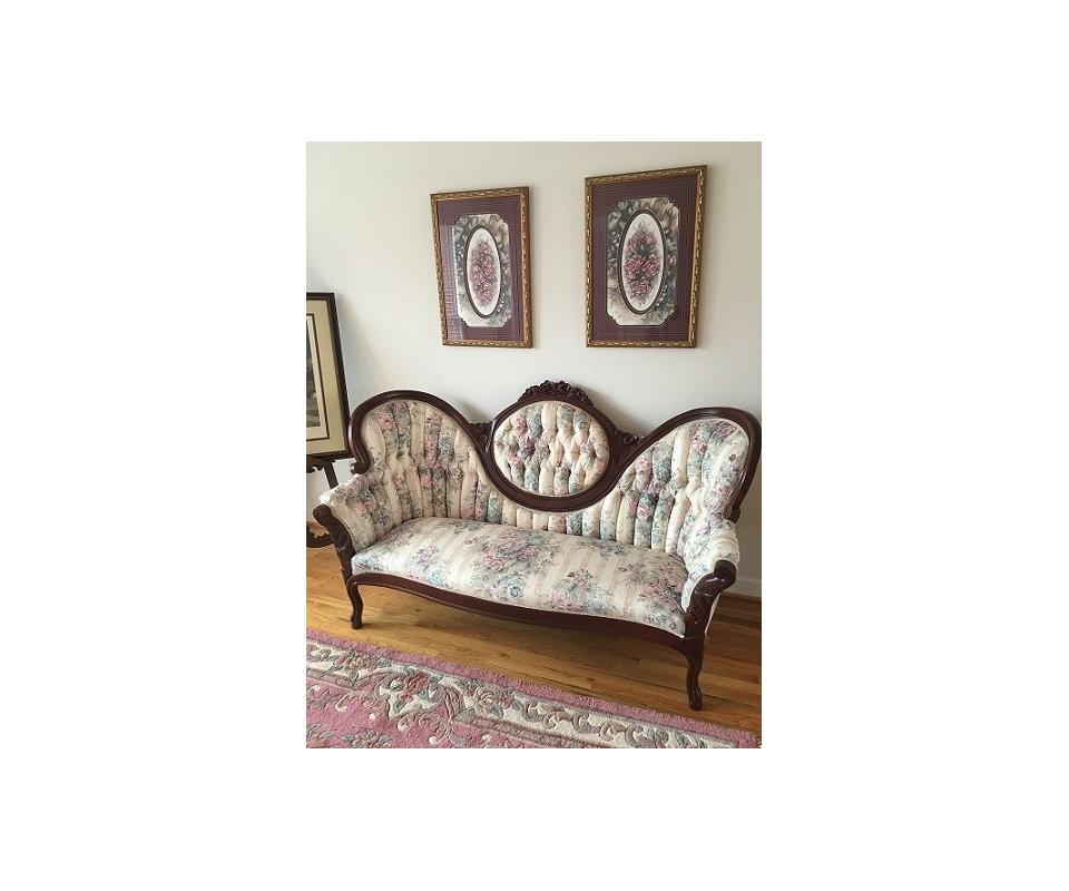 Fraley Estate Lake Home Furniture