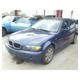 2003 BMW 325i - Runs - current bid $750