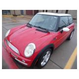 2004 Mini Cooper 101k Miles - Runs - current bid $2250