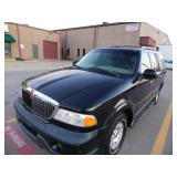1999 Lincoln Navigator - Runs - current bid $700