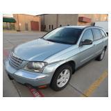 2005 Chrysler Pacifica Touring Edition - Runs - current bid $1050