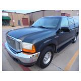 2001 Ford Excursion XLT - Runs - current bid $525
