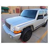 2007 Jeep Commander 112k - Runs - current bid $950