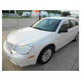 2008 Chrysler Sebring LX - Runs - current bid $950