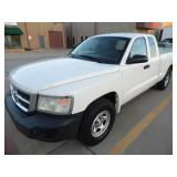 2009 Dodge Dakota ST Ext. Cab Truck - Runs - current bid $1450
