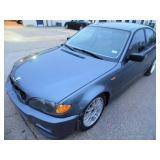 2002 BMW 325XI - Runs - current bid $625