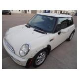 2005 Mini Cooper - Runs - current bid $1050