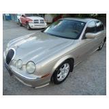 2000 Jaguar S-Type - Runs - current bid $950