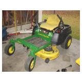 John Deere 0 Turn Lawn Tractor