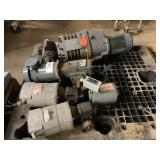 PALLET OF MOTORS & DRIVES