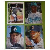 Derrek Lee In Person Autograph Lot of 11