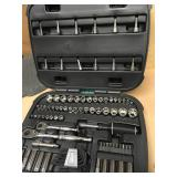 Husky Mechanics Tool Set (92-Piece) in good condition