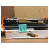 HDX 14 in. Rip Ceramic Tile Cutter in good condition