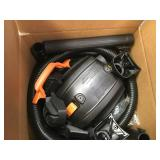 RIDGID 6 Gal. 3.5-Peak HP NXT Wet/Dry Vac in good condition