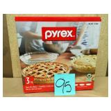 Pyrex 3 Pack Glass Pie Plates not used