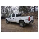 2005 Chevy  2500 LT Duramax Diesel 4 x 4 Pick Up Truck